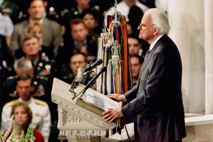 Sứ điệp của Mục sư Billy Graham cho ngày 11.9.2001
